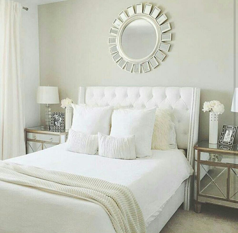 Sprei Dan Bedcover Berwarna Putih  Sutra Polos